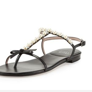Stuart weitzman black pearlize leather sandal 8